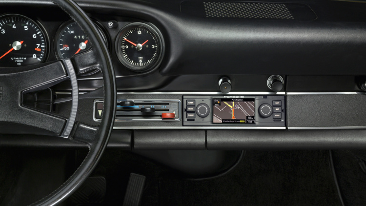 porsche releases navigation system for classic cars