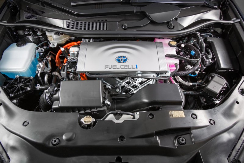 Fuel Cell Toyota Mirai to Pace NASCAR Race -