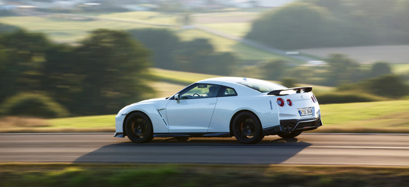 100593nissan_426153366_nissan_reveals_full_specs_and_pricing_for_thrilling_new_gt_r_track_edition